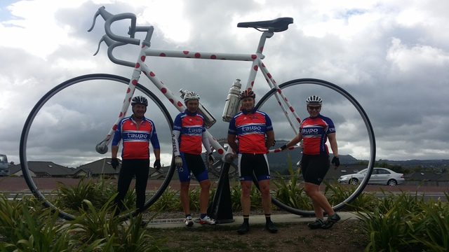 2016 Taupo Cycle Club with the Taupo Bike Icon